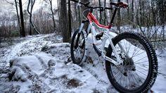 горный велосипед, лес, следы, снег