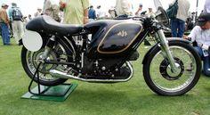 A AJS E95 Porcupine de 1954 foi especificamente uma moto de corrida. AJS iniciou a construir as Porcupines em 1949, mas não houve sucesso pelos problemas com seus carburadores. Estes problemas foram finalmente consertados nos modelos da segunda geração de 1954. Estes modelos da segunda geração foram muito bem sucedidos, e deu a Grã-Bretanha sua primeira vitória Gran Prix Championship. A empresa apenas fez 4 destas motos naquele ano. E foi comprada de Bonhams em 2011, por US$ 675.000, o…