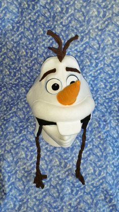 Olaf the Snowman inspired Fleece Wi nter Hat or Costume . Olaf Costume, Anna Costume, Frozen Costume, Costumes, Fleece Crafts, Fleece Projects, Felt Crafts Diy, Olaf Hat, Christmas Parade Floats
