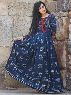 Buy Online Authentic Hand Block Printed Indian Dresses, Ajrakh Dresses at InduBindu. Best collection of Hand Printed Dresses. Kurta Designs Women, Kurti Neck Designs, Kurti Designs Party Wear, Cotton Long Dress, Cotton Dresses, Maxi Dresses, Lotus, Indian Designer Outfits, Simple Dresses
