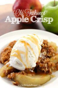 This Old Fashioned Apple Crisp recipe will make for a great family dessert this fall. Apples topped with an oat streusel topping then baked, pure deliciousness. Since this dish requires only a few ingredients, it comes together quite quickly. Old Fashioned Apple Crisp, Whipped Shortbread Cookies, Old Fashion Oats, Apple Desserts, Easy Desserts, Apple Crisp Recipes, Crumble Topping, Apple Dip, Fresh Apples