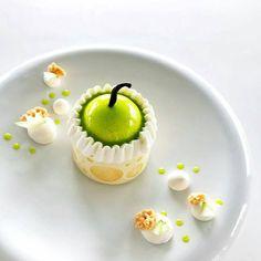 """205 Likes, 2 Comments - Foodartchefs (@foodartchefs) on Instagram: """"By @julien.dugourd """"La ! Apple dessert..."""" #instafood #food #foodporn #foodie #foodgasm #foodpics…"""""""