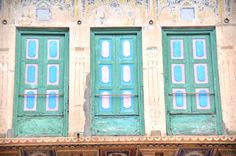 Explore the havelis of Mandawa - the first stop after Delhi on the Timeless Rajasthan itinerary