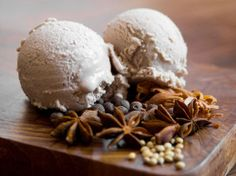 Mulled Wine Ice Cream - use #M.A.N. Family Wines Cabernet Sauvignon for this luscious treat!