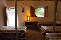 ¿Quieres pasar unos días en un ambiente diferente? Ven a disfrutar de nuestras acogedoras habitaciones artesanales. Espacios llenos de tranquilidad, relajación y paz.  Conuco Colibrí: un nuevo estilo de vida. #habitacion #artesanal #relajacion #paz #tranquilidad #instalaciones #Sanare #Lara #Venezuela #artesanal #instagood #love #craft #natural #nature #room #peace #relaxation #tranquility #campo #countryside #cabaña #turismo #rural #descanso #turismorural #nature #naturelovers #room