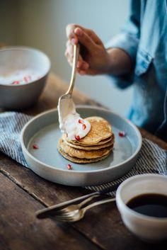 (gluten + dairy free) oat pancakes w/ pomegranate yogurt   dolly and oatmeal