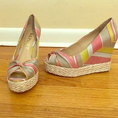 Report wedges Report Striped Wedges size 8. Super cute and comfortable! Only worn twice. Great for an outdoors summer party! Report Shoes Wedges