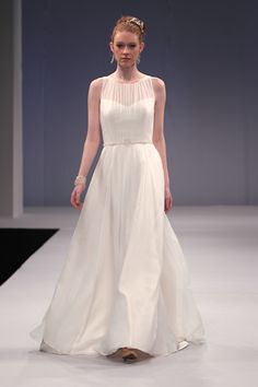 Really pretty and simple inspiration from runway