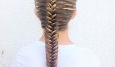 7 Creative And Inexpensive Unique Ideas: Messy Hairstyles Step By Step asymmetrical hairstyles plus size.Feathered Hairstyles Headpieces funky hairstyles over 40 over Hairstyles Step By Step. Ball Hairstyles, Feathered Hairstyles, Hairstyles With Bangs, Summer Hairstyles, Wedding Hairstyles, French Hairstyles, Brunette Hairstyles, Everyday Hairstyles, Wedge Hairstyles