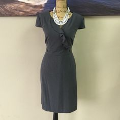 TAHARI Dress Perfect dress to look formal in! thick material makes it very easy to wear with comfort Tahari Dresses