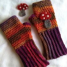 #crochet autumn fingerless mites from bethshananne
