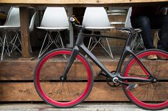 OAKLEY disruptive by design - 'valour' smartphone and bluetooth connected bike by vanhawks