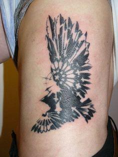 small crow tattoo on shoulder | Crow Tattoo On Rib