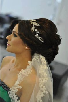 Love this headband, vail, and up do.