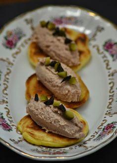 Blini's met tonijnmousse