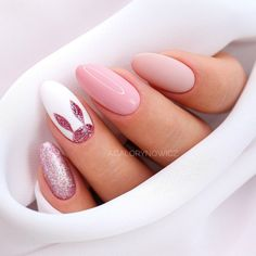 This is the last Easter nail stylization, this time for flash fans Do . Summery Nails, Simple Nails, Almond Acrylic Nails, Best Acrylic Nails, Cute Nails, Pretty Nails, Bunny Nails, Easter Nail Designs, Nagellack Design