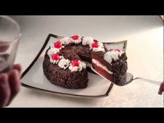 ▶ Food photography, photographing a cake. - YouTube