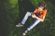 La mitad de los niños y adolescentes comparten sus vacaciones a través de las redes sociales