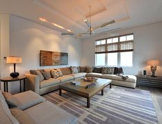 This neutral living room conveys the organic minimalist aesthetic of @leighton_design. #luxeFL