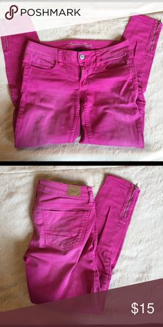 AE pink ankle zip jeggings Reposh AE stretch jeggings. Didn't fit me right so someone's gain! Great pink color! American Eagle Outfitters Pants