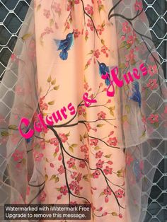 Hand painted suits Dress Painting, Fabric Painting, Indian Party Wear, Indian Wear, Kamiz Design, Hand Painted Sarees, Fabric Paint Designs, Punjabi Fashion, Painted Clothes