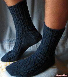 Мужские носки Manly Aran Socks  Впереди 23 февраля, а значит нужно делать подарки нашим дорогим мужчинам  Предлагаю связать для них красоту, пусть радуются  Носочки выглядят вот так