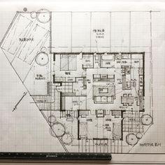 """780 Likes, 14 Comments - 石川 元洋/一級建築士、インテリアコーディネーター (@motohiro_ishikawa) on Instagram: """"・ 30坪の平屋 ・ 新しい生活をスタートされる若いご夫婦に親子さんからの土地のご援助。 土地を有効に活用し、これから増えて行く家族を思い描きながら。…"""""""