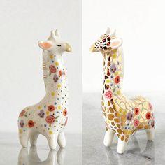 Floral #giraffes . . . #giraffe #ceramicgiraffe #ceramicgiraffes #floralgiraffe #ceramics #handbuiltceramics #claylife #tinyanimals #animalsculpture #giraffesculpture #giraffelove