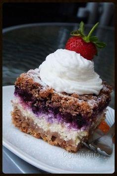 Tvarohový strúhaný koláč s ovocím • recept • bonvivani.sk