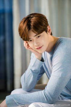 Lee Jong Suk Cute, Lee Jung Suk, Lee Jong Suk Kim Woo Bin, Asian Actors, Korean Actors, Korean Dramas, Lee Jong Suk Wallpaper, Lee Young, Han Hyo Joo