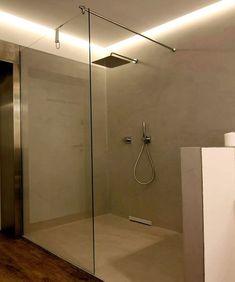 Seit Einem Jahr In Betrieb, Unser Fugenloses Badezimmer Mit Dusche In Der  Ausstellung Von Bad Will!