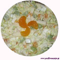 Lauchsalat mit viel Obst Jessis Lauchsalat wird mit viel Obst gemacht vegetarisch glutenfrei Salad Dressing, Oatmeal, Breakfast, Dressings, Tableware, Pineapple, Lettuce Recipes, Salads, Finger Food