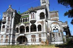 Castelo Dona Chica (abandonado)
