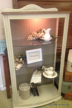 Paint in my hair: Two tone curio cabinet with Coco and mixed Old White & Country Grey.