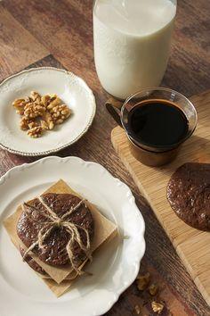 flourless, butterless chocolate cookies
