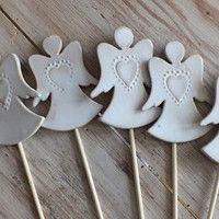 Clay Ornaments, Angel Ornaments, Diy Christmas Ornaments, Diy Xmas, Pottery Angels, Christmas Plants, Diy And Crafts, Arts And Crafts, Ceramic Angels