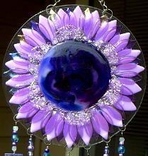 Suncatcher in purple and lavender ♥ #purple #suncatcher