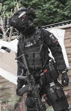 Anime Military, Military Girl, Military Police, Military Weapons, Swat Police, Special Forces Gear, Military Special Forces, Combat Armor, Combat Gear