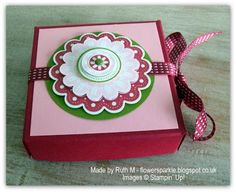 Flower Sparkle: Just Because Card & Mini Pizza Box For SU! Workshop