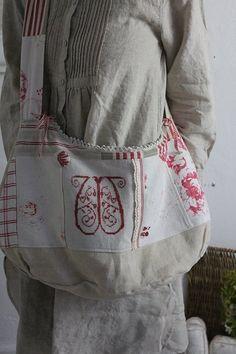 """""""Antique Linen Reversible Shoulder Bag"""" Kokin-fluffy cloth Coconfouato antique antique antique textile fabric lace fabric [antique &] - cloth -"""
