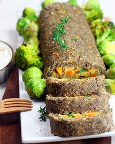 Polpettone di lenticchie senza uova - Cucina Naturale Veg Recipes, Healthy Recipes, Healthy Food, Finger Foods, Dairy Free, Curry, Food And Drink, Yummy Food, Favorite Recipes