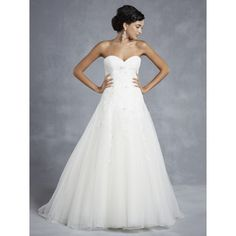 Flowing Tulle A-line Sweetheart Spring Sleeveless Lace Natural Wedding Dresses