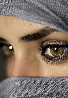 eyes, covered head, photography inspiration