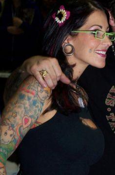 Pixie Acia celebrity tattoo