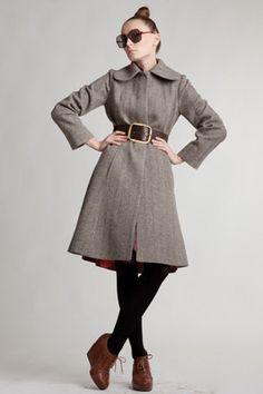 Custom Made Woolen Coat with Round Collar por mrspomeranz en Etsy, £372,00
