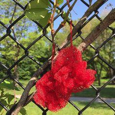fiberlifestyle Crochet  earrings #crochet #crochetaddict #crochetart #crochetersofinstagram #crocheter #crochetaddiction #lovecrochet #crochetearrings #redearrings #earrings #earringsoftheday #earringlove #earringaddict #flowerearrings #yarnaddict