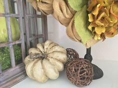 diy Saltwash Project For Fall Pumpkins Retro Home Decor, Unique Home Decor, Diy Home Decor, Beautiful Table Settings, Diy Pumpkin, Autumn Inspiration, Fall Pumpkins, Decorating Your Home, Fall Decor