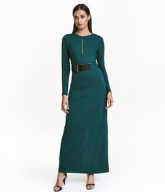 H & M Dark green. Long-sleeved maxi dress in thick jersey with concealed zip at back and seam at waist with belt loops. Removable jersey belt with adjustable,