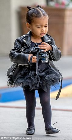 On Thursday, North West was taken to yet another ballet class in LA by mother Kim Kardashian, and appears to be enjoying every moment of it. North West Kardashian, Kim Kardashian And Kanye, Kardashian Family, Kardashian Style, Cute Kids Fashion, Baby Girl Fashion, Toddler Fashion, Babies Fashion, Toddler Girl Outfits