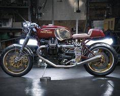 "Moto Guzzi V10 Cafe Racer ""Centauro"" by Rodsmith Motorcycles #motorcycles #caferacer #motos   caferacerpasion.com"